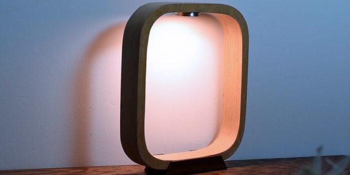 Настольная лампа из фанеры